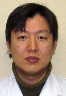 医師 関根 進 手術直後の患者にわいせつ行為をしたと逮捕された医師と弁護人が法廷で「無実」の訴え(江川紹子)